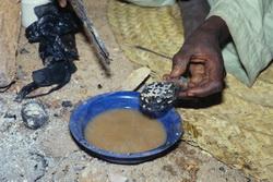 Tuareg Kreuz Thin Thabaradene bei der Herstellung - Verlorene Form